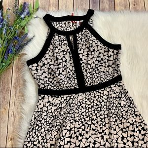 Elle | NWT Heart Pattern Dress